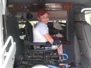 seguridad, niños con discapacidad, vehículo adaptado