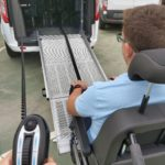 acceso silla de ruedas a vehículo adaptado
